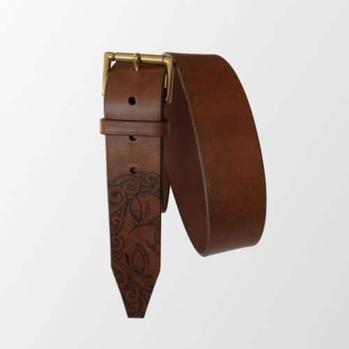 ceinture cuir tatoué