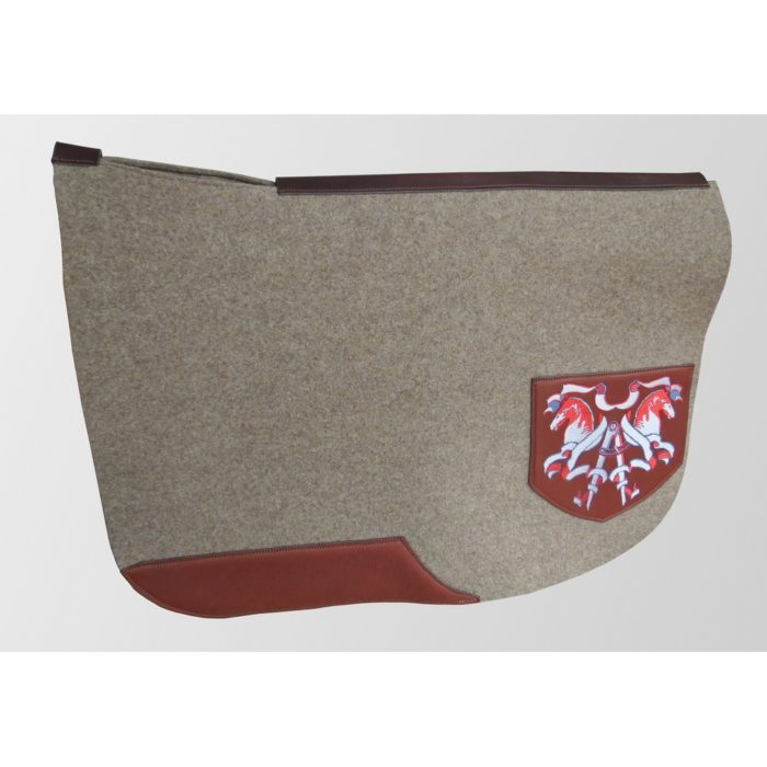 tapis feutre cheval cuir selle anglais